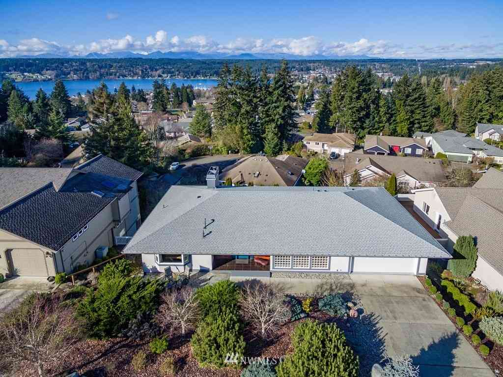18491 13th Avenue NE, Poulsbo, WA, 98370,