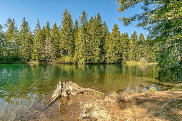 40 N Lake View Drive