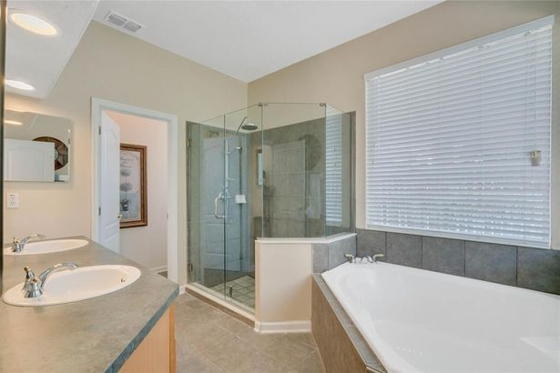 2868 SPRING HEATHER PLACE