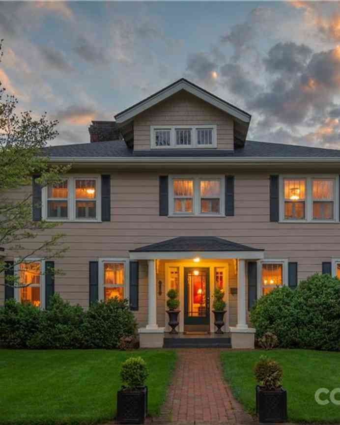 74 Edwin Place, Asheville, NC, 28801,