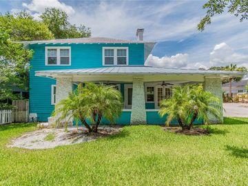 427 E TARPON AVENUE, Tarpon Springs, FL, 34689,