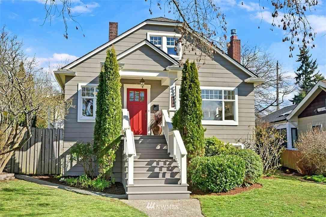 5912 42nd Avenue SW, Seattle, WA, 98136,