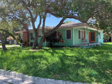 214 S HIGHLAND AVENUE, Clearwater, FL, 33755,