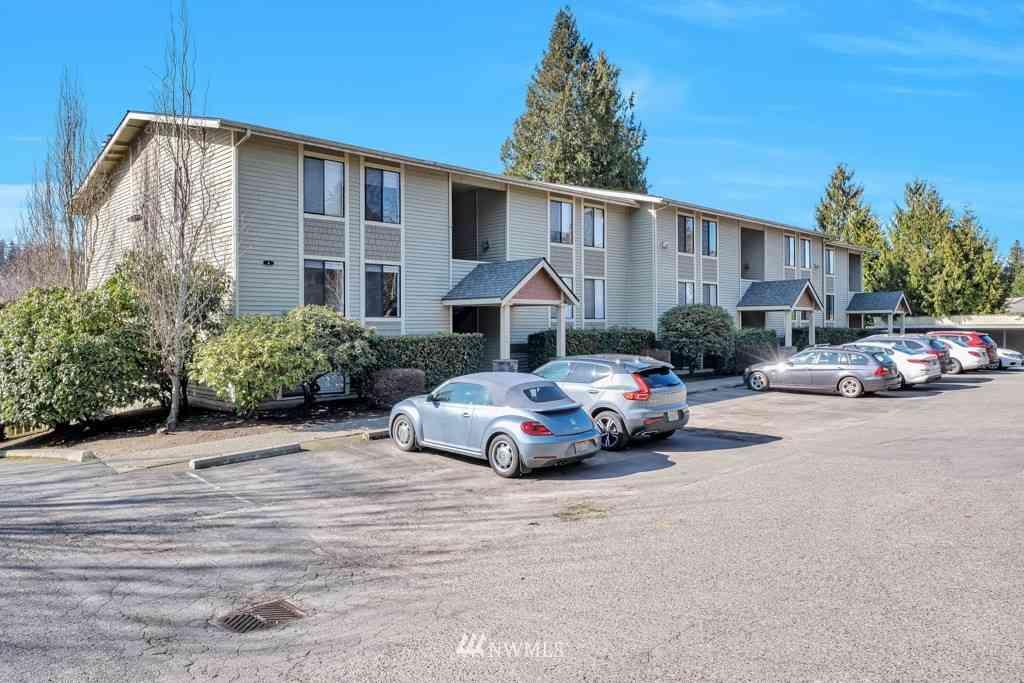11801 100th Avenue NE #A102, Kirkland, WA, 98034,