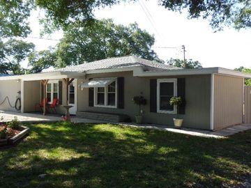 1620 LORETTA AVENUE NW, Largo, FL, 33770,