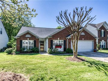 713 Clearbrook Road, Matthews, NC, 28105,