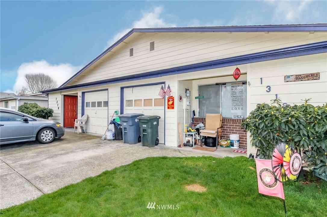 1310 12th Avenue NW #1312, Puyallup, WA, 98371,