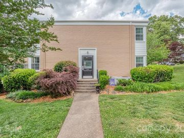 200 Wakefield Drive #B, Charlotte, NC, 28209,