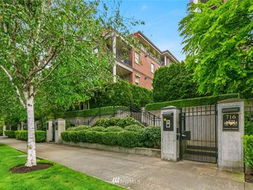 726 Boylston Avenue E #2, Seattle, WA, 98102,