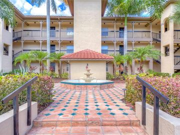2400 FEATHER SOUND DRIVE #332, Clearwater, FL, 33762,