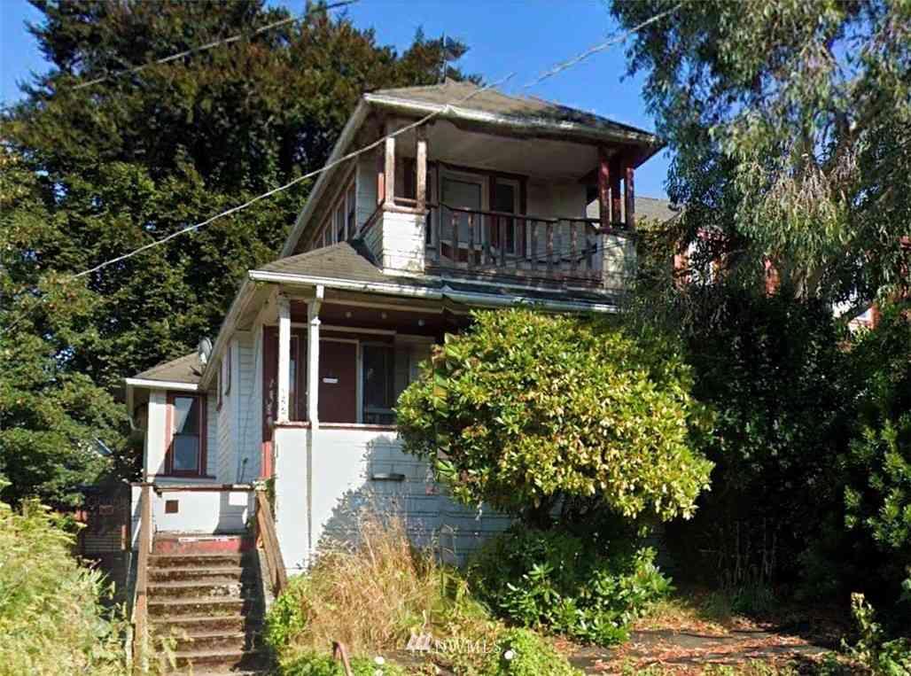 822 Martin Luther King Jr Way, Seattle, WA, 98122,