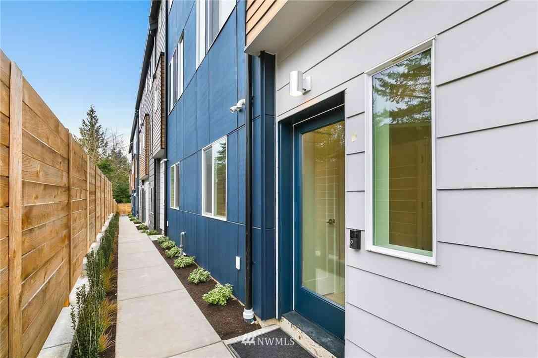 18515 Meridian Avenue N #A, Shoreline, WA, 98133,