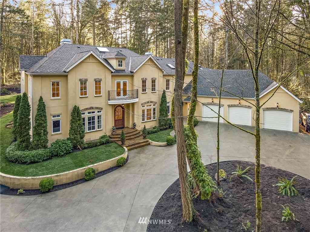 16618 NE 172nd Place, Woodinville, WA, 98072,
