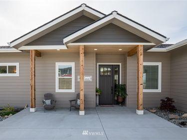 859 Autumn Crest Drive, Wenatchee, WA, 98801,