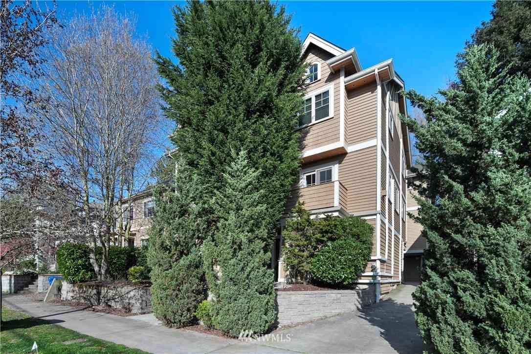 514 11th Avenue E #A, Seattle, WA, 98102,