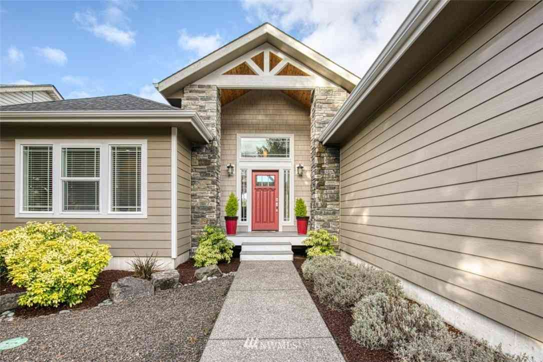 311 Lake View Loop NE, Ocean Shores, WA, 98569,