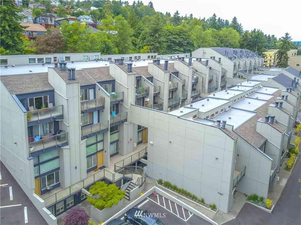 7309 Sandpoint Way NE #B725, Seattle, WA, 98115,