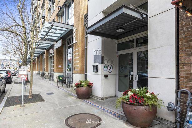 530 Broadway Avenue E #513