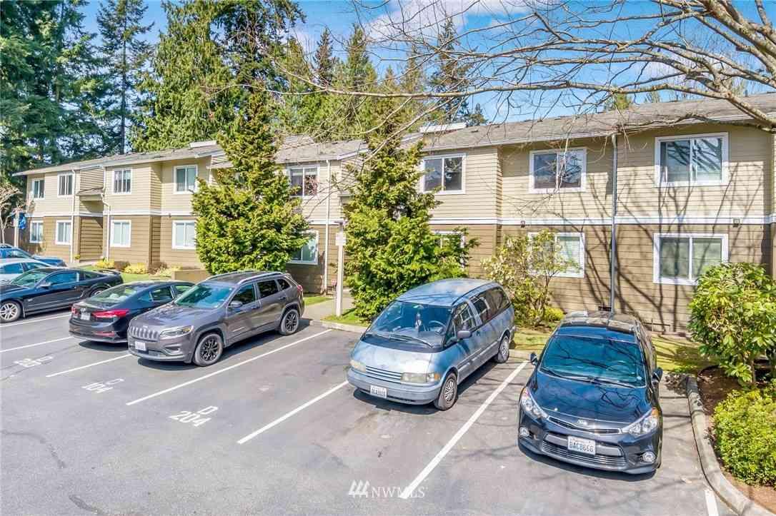 820 E Cady Road #D204, Everett, WA, 98203,