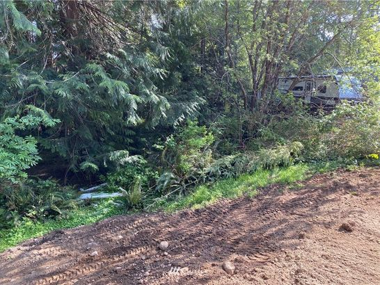 330 E Dartmoor Drive
