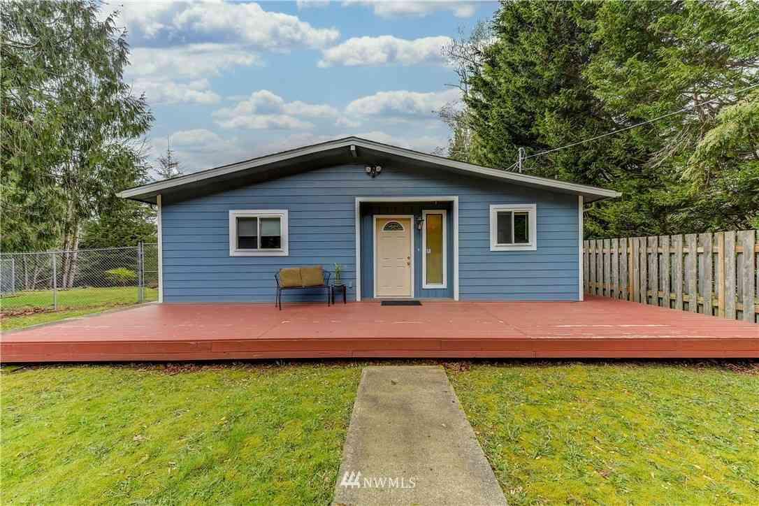 37235 W lake walker Drive SE, Enumclaw, WA, 98022,