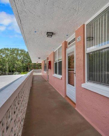 4720 LOCUST STREET NE #210 St Petersburg, FL, 33703