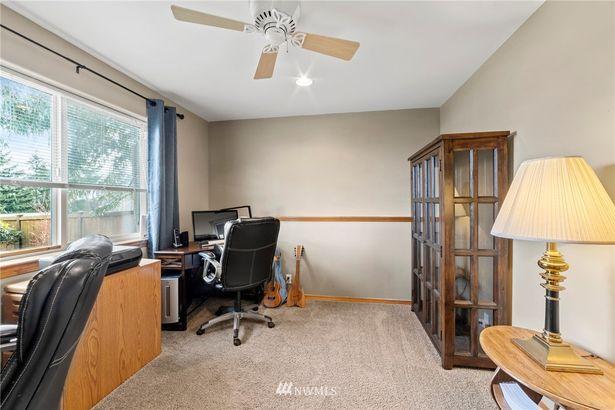2923 Viewmont Place
