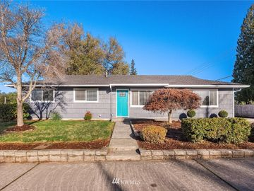 4014 NE 23rd Place, Renton, WA, 98056,