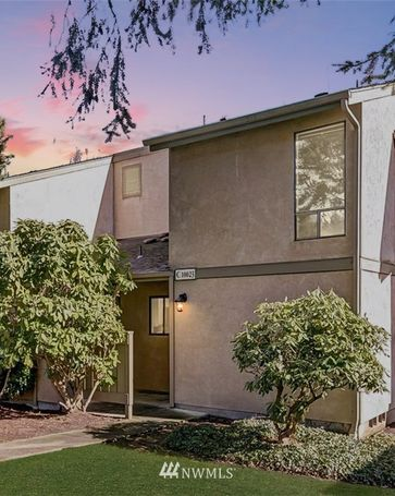 10023 NE 138th Place #C5 Kirkland, WA, 98034
