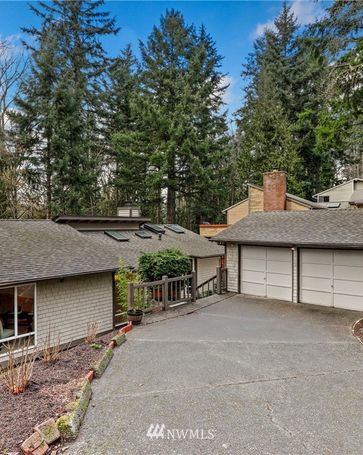 15302 SE 46th Way Bellevue, WA, 98006