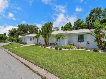 2300 SETON LANE, Largo, FL, 33774,