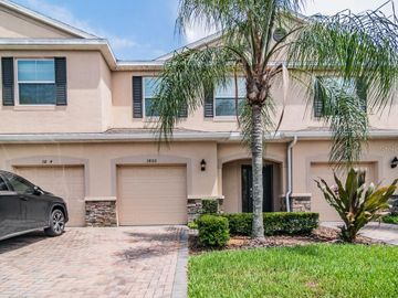 3800 SILVERLAKE WAY, Zephyrhills, FL, 33544,