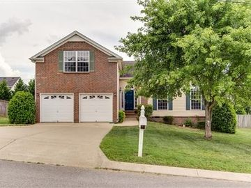 2677 Paradise Dr, Spring Hill, TN, 37174,