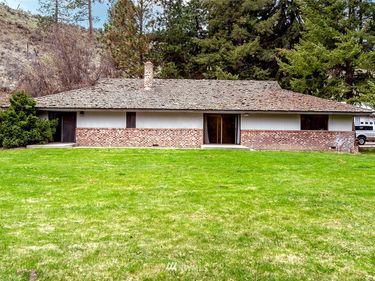 1919 8 SW, East Wenatchee, WA, 98802,