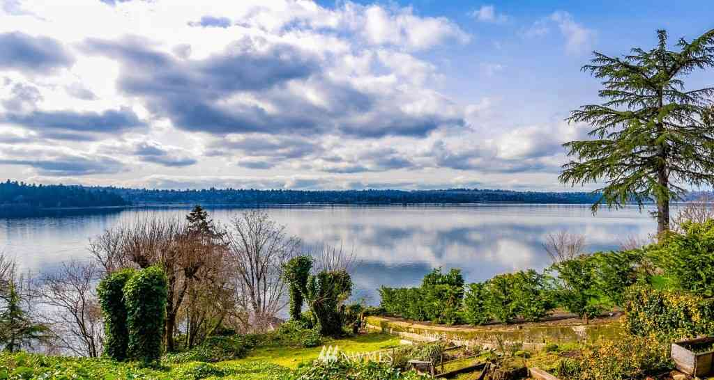 4025 W Mercer Way, Mercer Island, WA, 98040,
