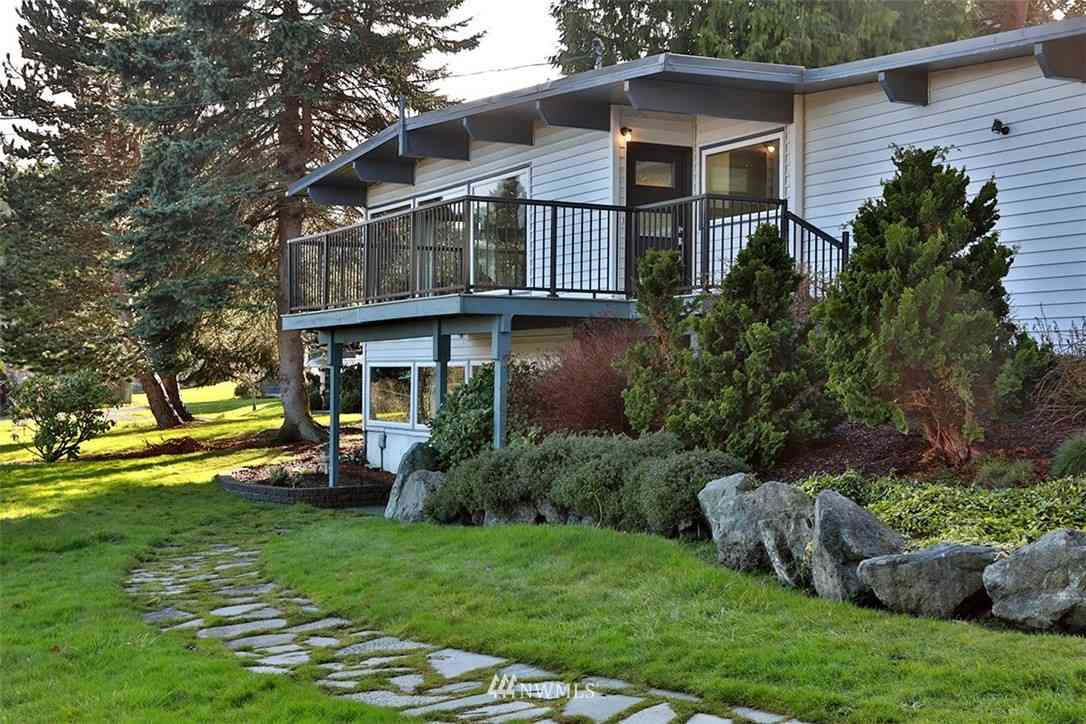 6014 White Deer Lane, Freeland, WA, 98249,