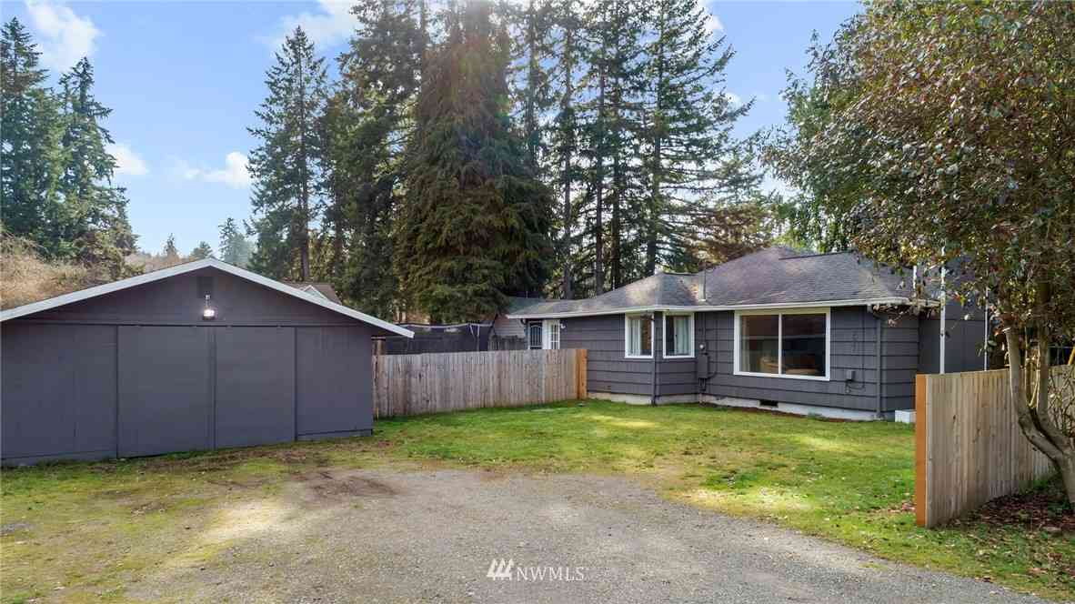 2641 Erlands Point Road NW, Bremerton, WA, 98312,