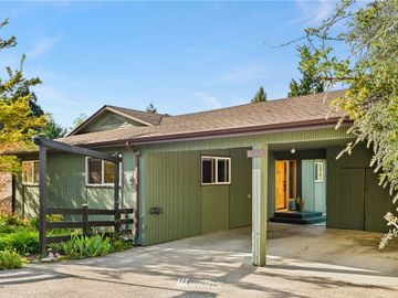 3018 NE 103rd Street, Seattle, WA, 98125,