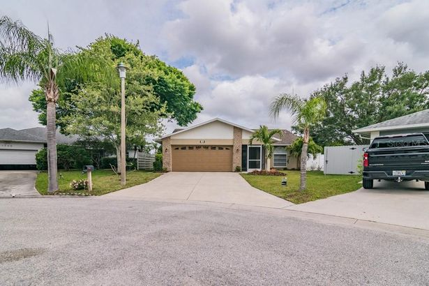 1750 COUNTRY MEADOWS TERRACE