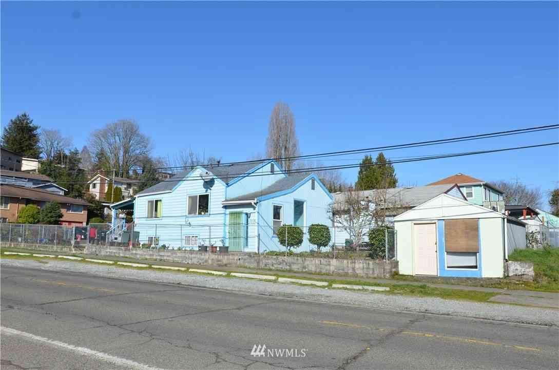 3206 S Orcas Street, Seattle, WA, 98118,