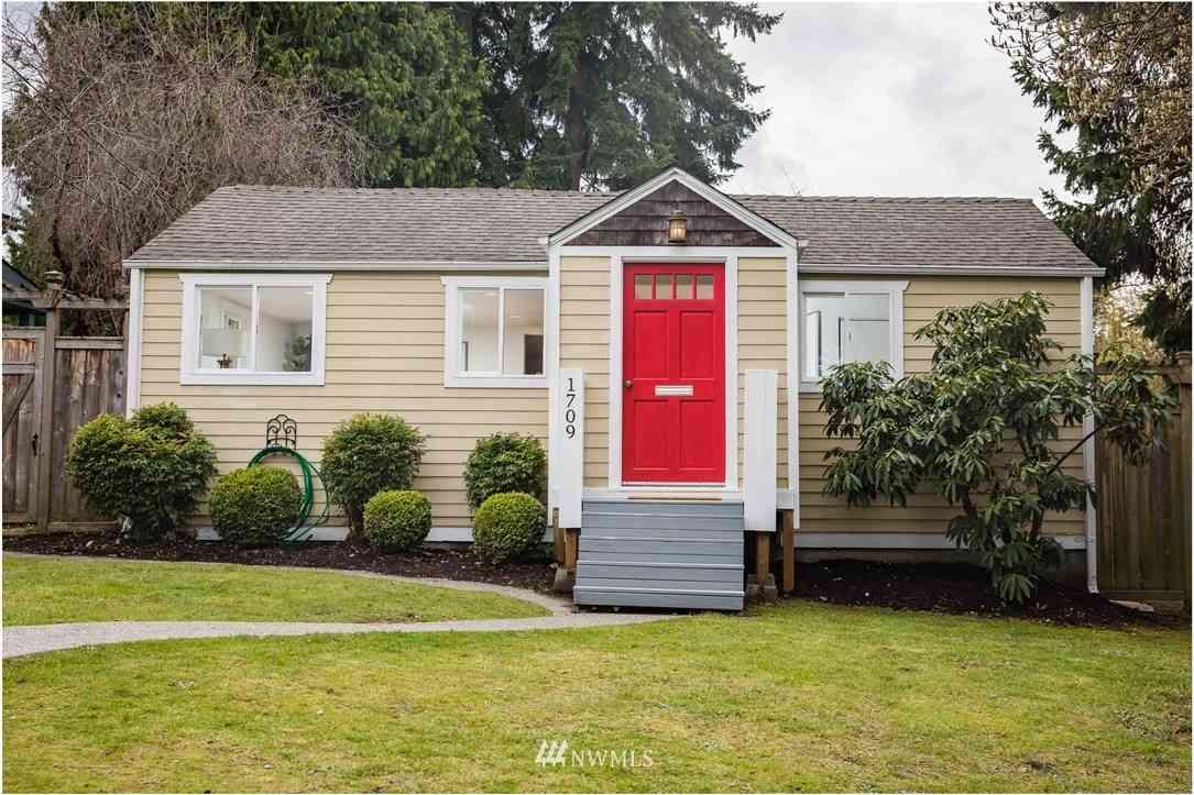 1709 SW Webster Street, Seattle, WA, 98106,