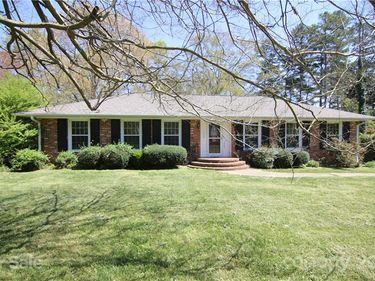 1638 Marlwood Circle, Charlotte, NC, 28227,