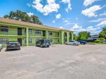 4414 N CLARK AVENUE #10, Tampa, FL, 33614,