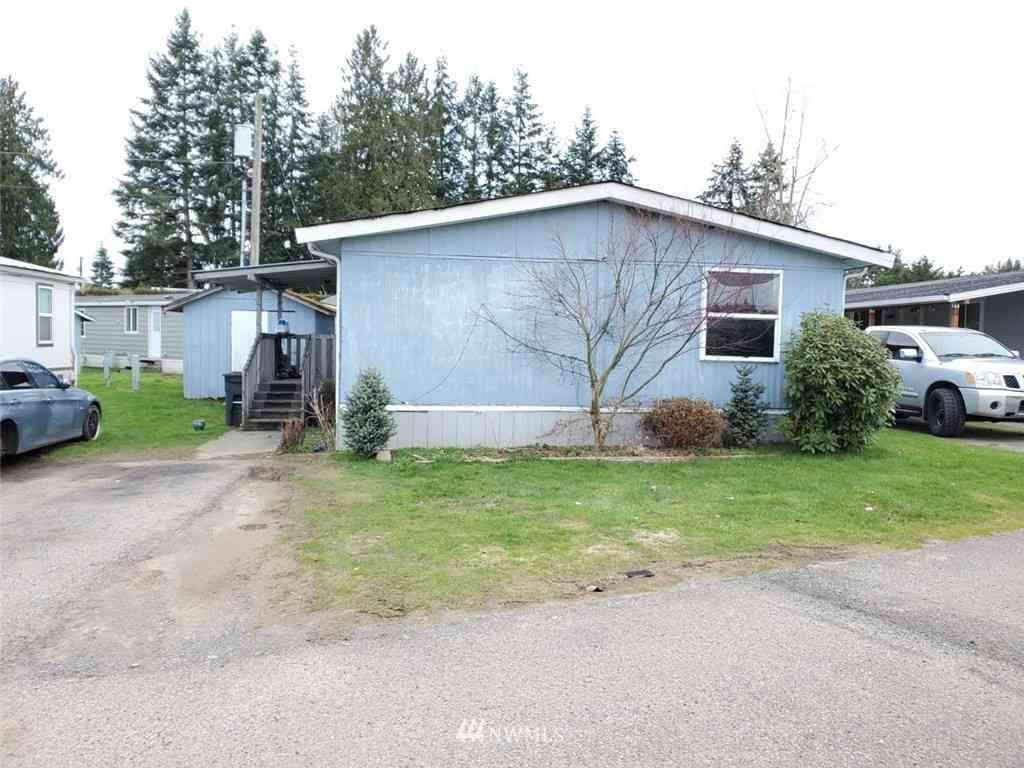11901 55th Avenue NE #13, Marysville, WA, 98271,