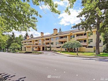 401 100th Avenue NE #112, Bellevue, WA, 98004,