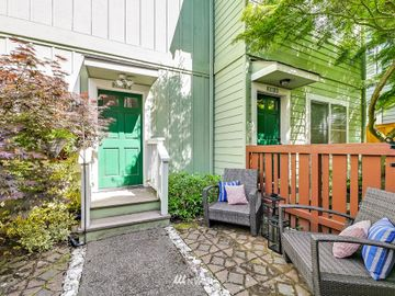 2110 California Avenue SW #E, Seattle, WA, 98116,