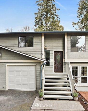 14327 19th AVE NE Seattle, WA, 98125