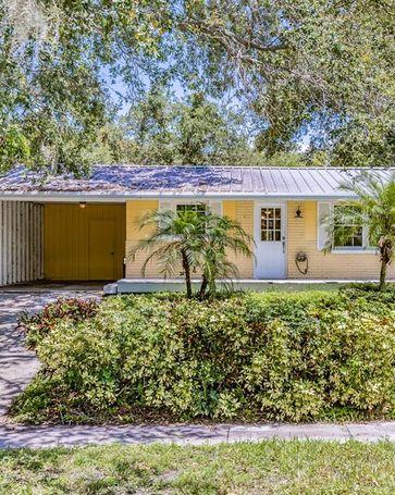 2817 W SHELTON AVENUE Tampa, FL, 33611