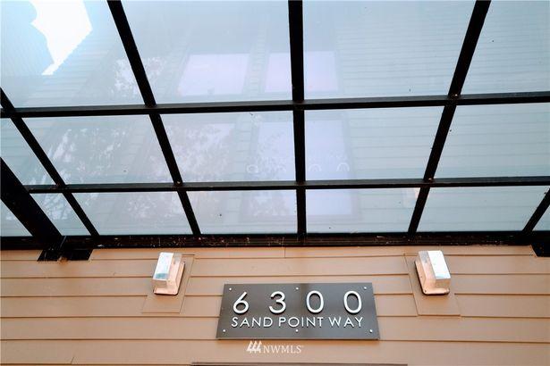 6300 Sand Point Way NE #204