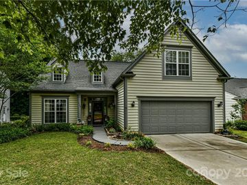 709 Clearbrook Road, Matthews, NC, 28105,